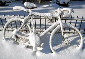 kerékpár hóban fagyban